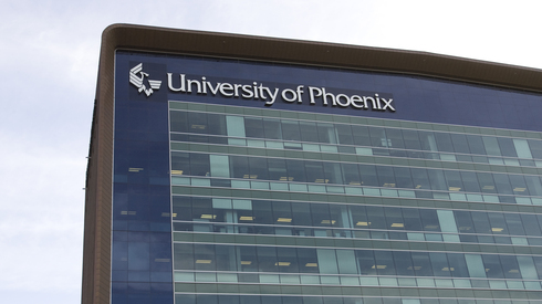 University of Phoenix faces probation